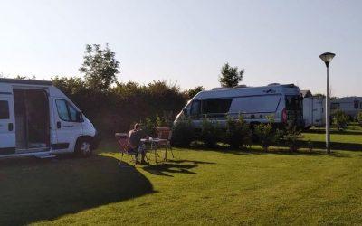 Ruime staplaatsen Camping Hakehoeve Ellemeet Renesse brede stranden Zeeland